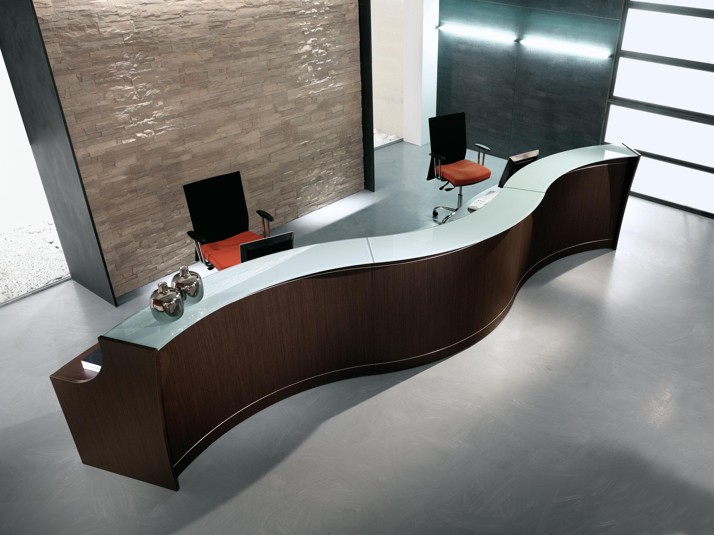 Reception ufficio ad onda dimensioni 5 metri for Reception ufficio